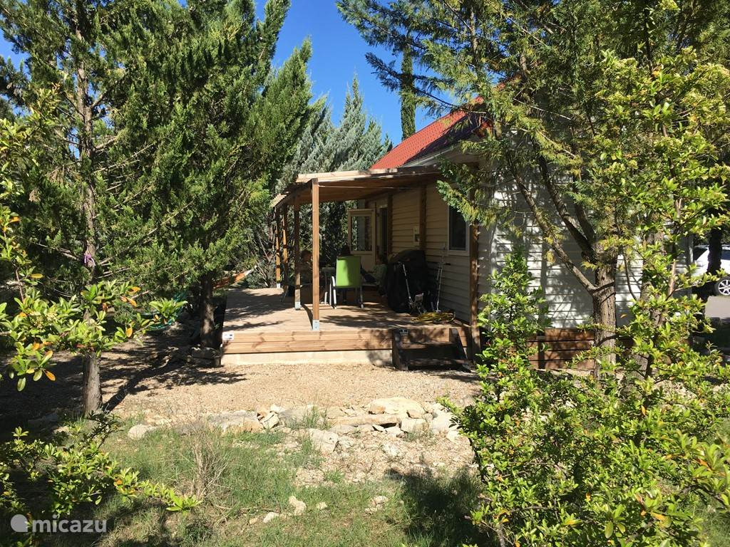 Vacation rental France, Languedoc-Roussillon – chalet Chalet Jadorel
