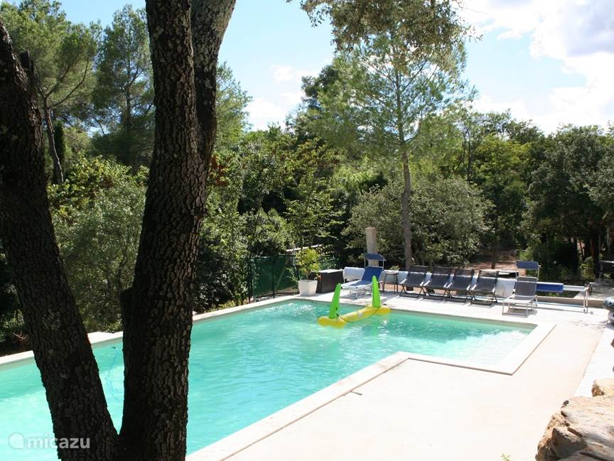 Vacation rental France, Languedoc-Roussillon, Nimes villa Villa Nimes