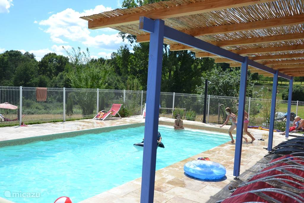 Vakantiehuis Frankrijk, Midi-Pyrénées, Montcléra – gîte / cottage Gite met minicamping en zwembad