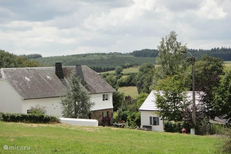 Vakantiehuis België, Ardennen, Amel Vakantiehuis De Buizerd met loft in Natuurpark