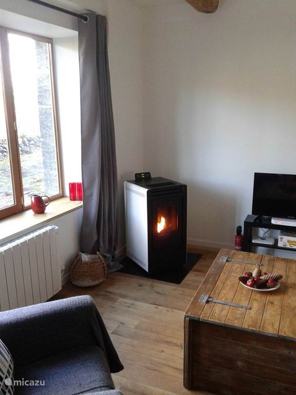 Atmospheric and nice pellet stove (installed in autumn 2016).