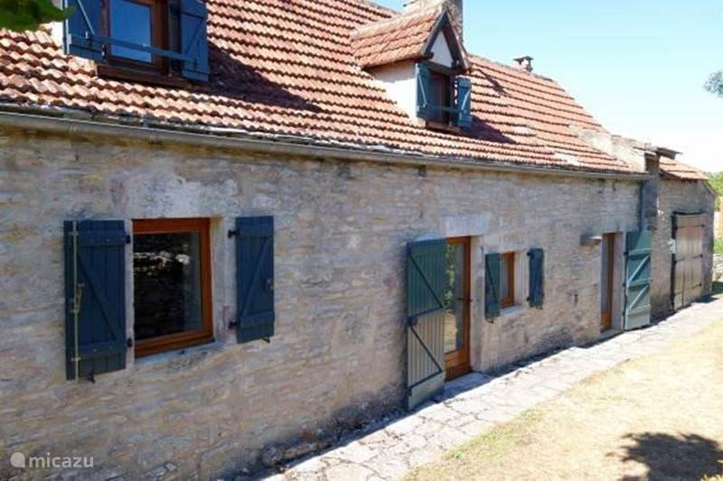 Vacation rental France, Lot, Varaire Holiday house House with private swimming pool (salt water)