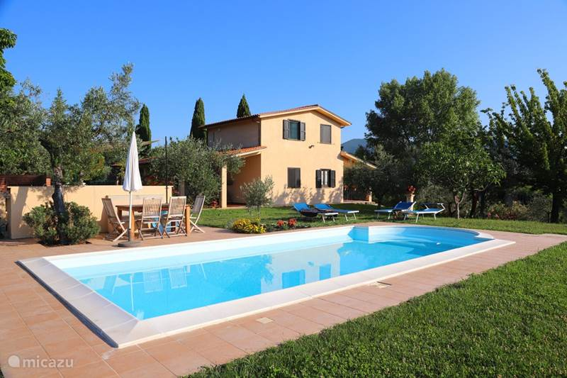 Vakantiehuis Italië, Lazio, Castelnuovo di Farfa Villa Villa Sabina