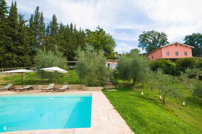 Vakantiehuis Italië, Lazio, Tarano Villa Il Casale delle Rose