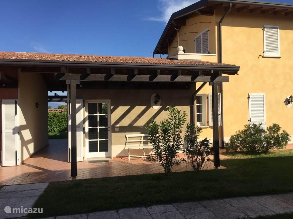 Vakantiehuis Italië, Gardameer, Manerba del Garda appartement Golf resort