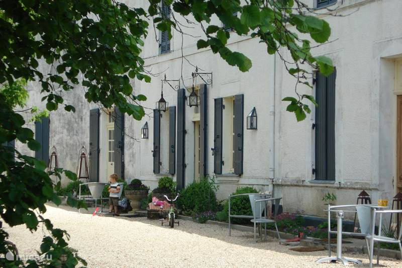 Vacation rental France, Dordogne, Chenaud Manor / Castle Hunting Lodge Le Logis