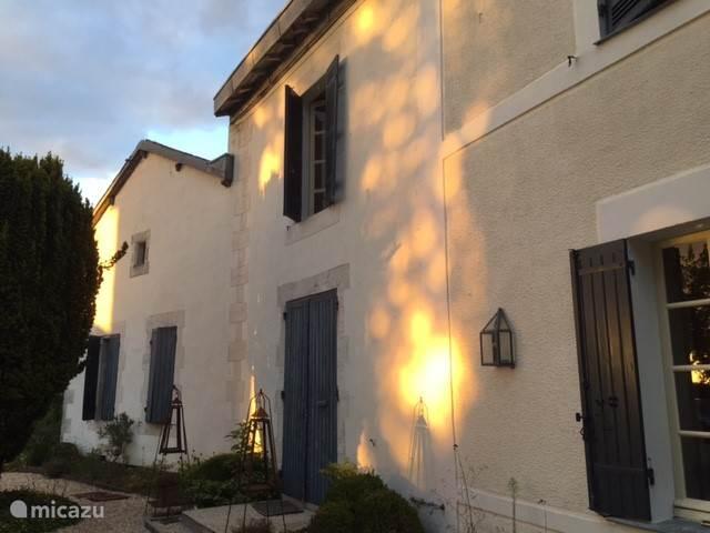 Vakantiehuis Frankrijk, Dordogne, Chenaud Landhuis / Kasteel Jachtslot Le Logis (La Mazilière)