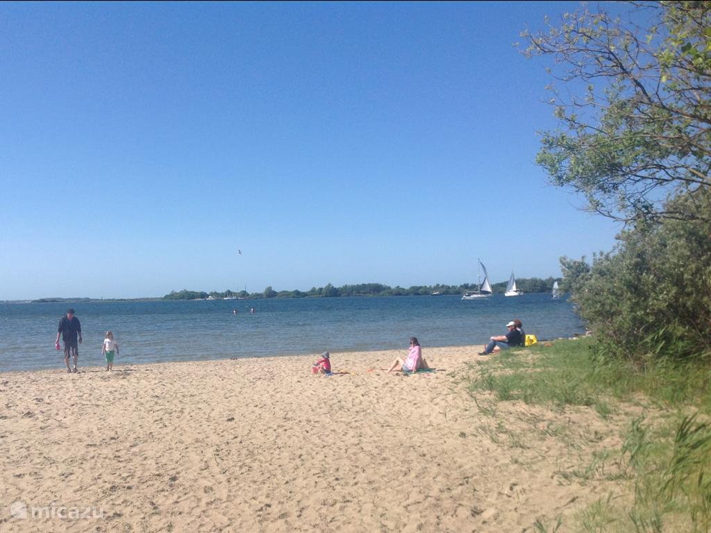 De gezelligheid op het Strand