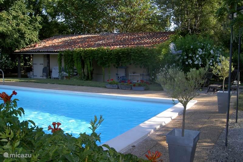 Vakantiehuis Frankrijk, Dordogne, Saint-Léon-sur-l'Isle Gîte / Cottage Les Deux Magnolias