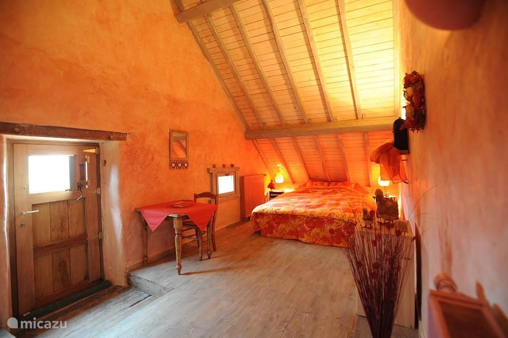 de rode slaapkamer, elke slaapkamer heeft zijn eigen kleur