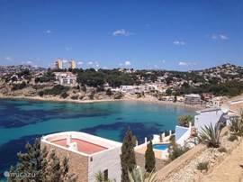 Strand El Portet vanaf uitzicht toren