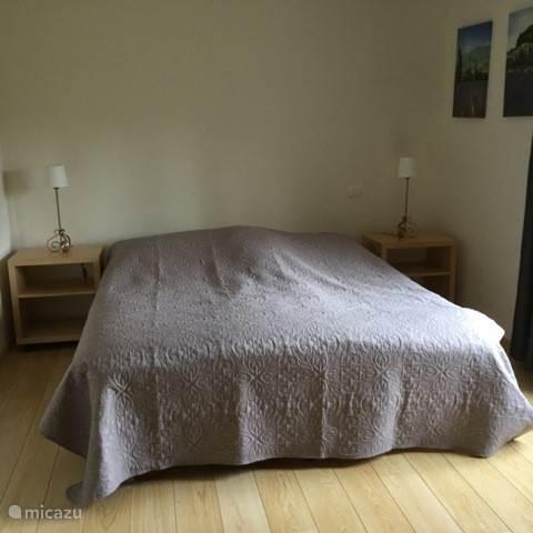 Ruim 2 persoons bed
