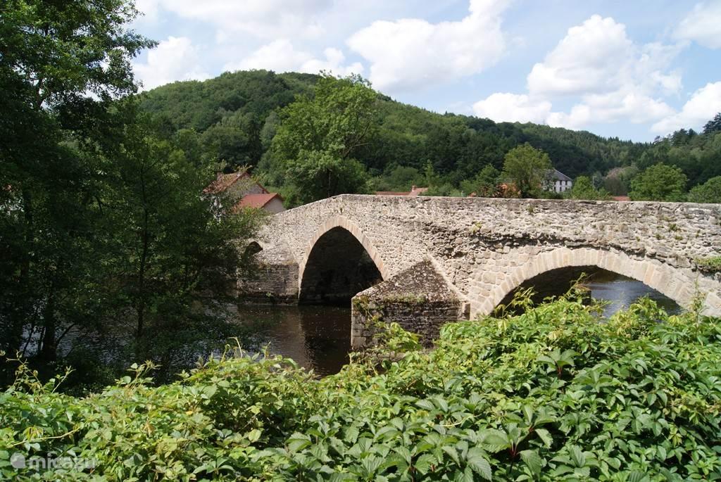 Oud romeinse brug bij Pont-de-Menat