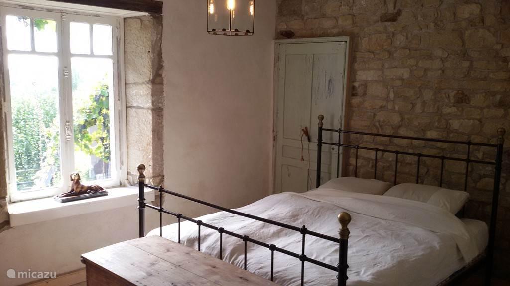 Ouderslaapkamer met bed 160x200