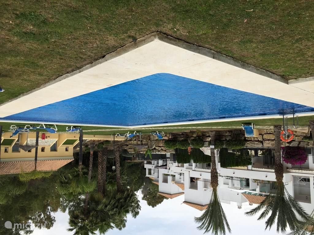 Senorio de Gonzaga's heeft drie zwembaden en zijn alle drie door u te gebruiken. Kiest u maar uit !