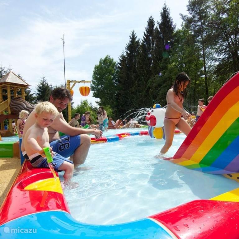 groot kinderzwem-en speel-bad