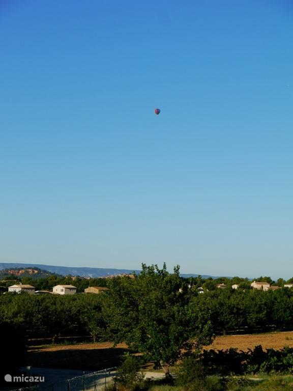 ochtend uitzicht richting Roussillon