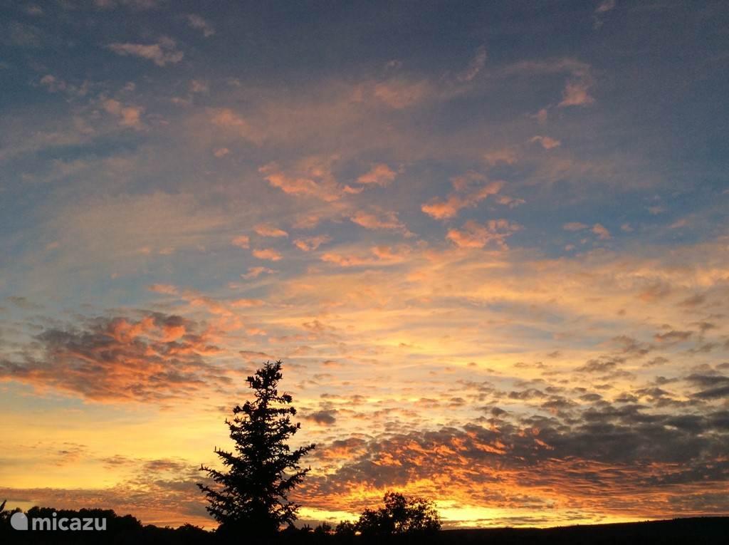 zonsondergang gezien vanaf het terras