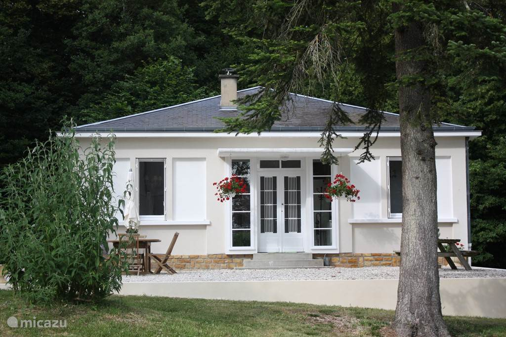 Vakantiehuis Frankrijk, Centre, Thénioux Gîte / Cottage Boshuis