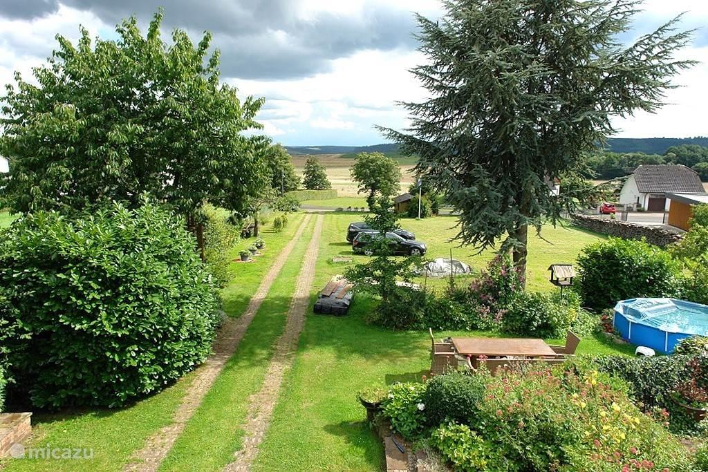 Overzicht tuin (1.800 m²)