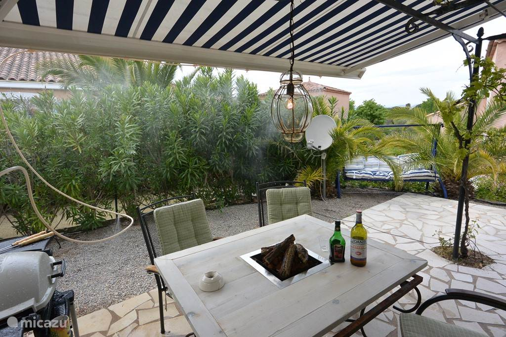Vacation rental France, French Riviera, Frejus holiday house Domaine des Pins