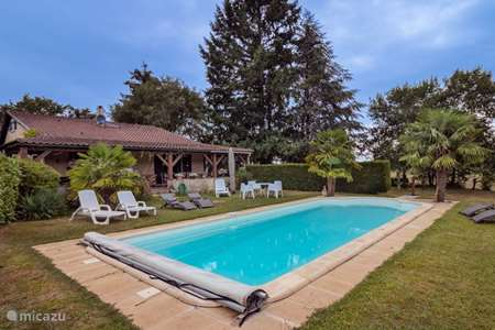 Vacation rental France, Dordogne, Rouffignac holiday house Holiday home with pool