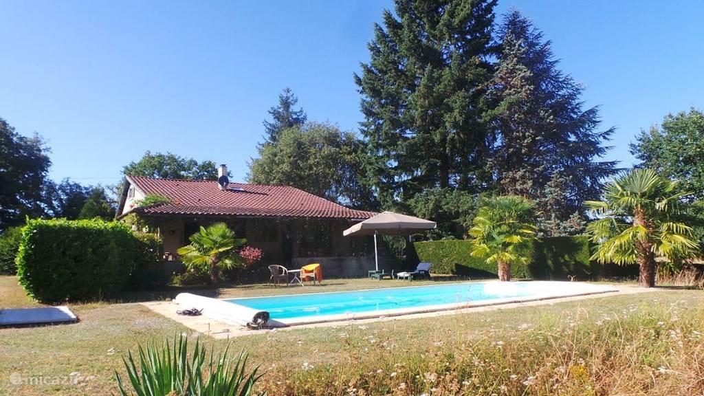 Vakantiehuis Frankrijk, Dordogne, Rouffignac Vakantiehuis Vakantiehuis met zwembad