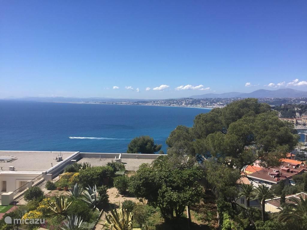 Prachtig uitzicht over de baai van Nice