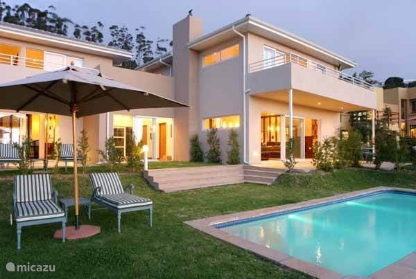 Vacation rental South Africa – villa Table Mountain View
