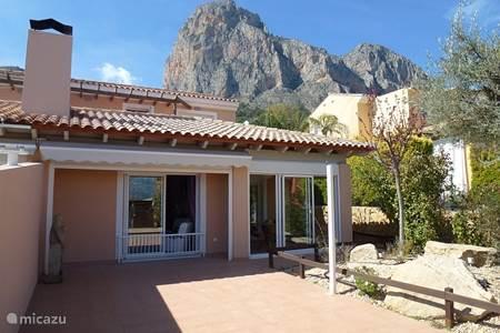 Villa casa el paput 45 in altea costa blanca spanje huren - Apartamentos en irlanda ...