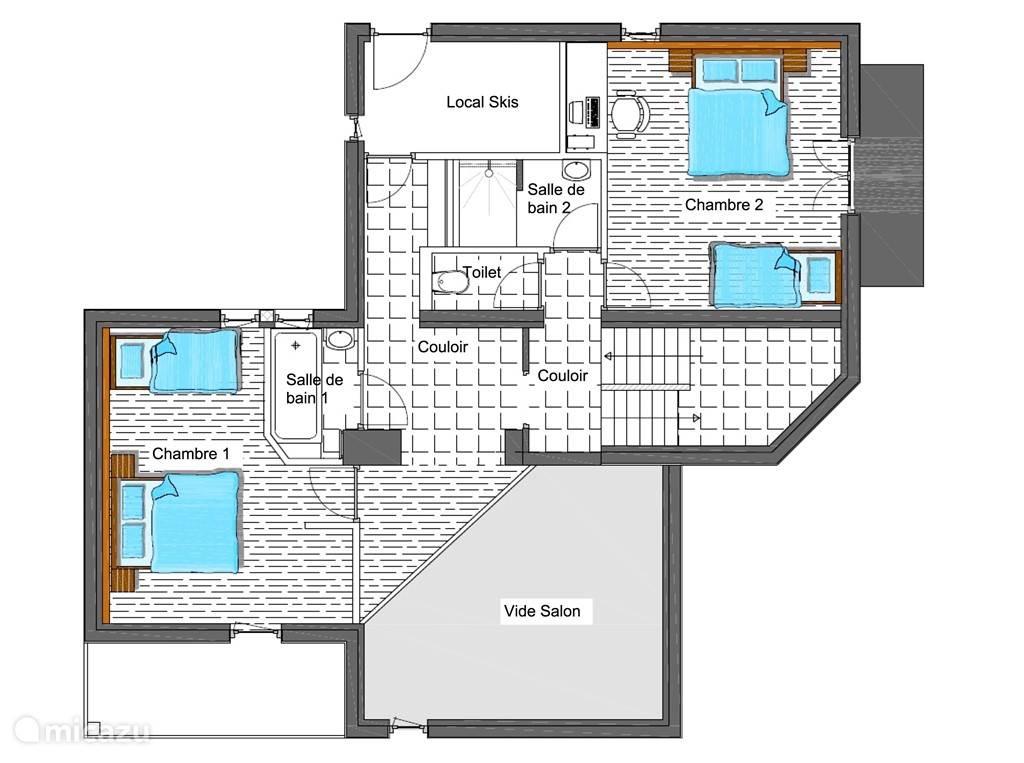 Plattegrond eerste verdieping, met twee slaapkamers, twee badkamers, skilokaal en aparte WC