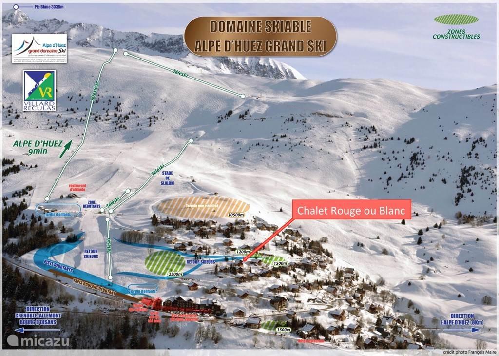 Ligging Chalet Rouge ou Blanc aan de 'retour skieurs', dus ski-in/ski-out!