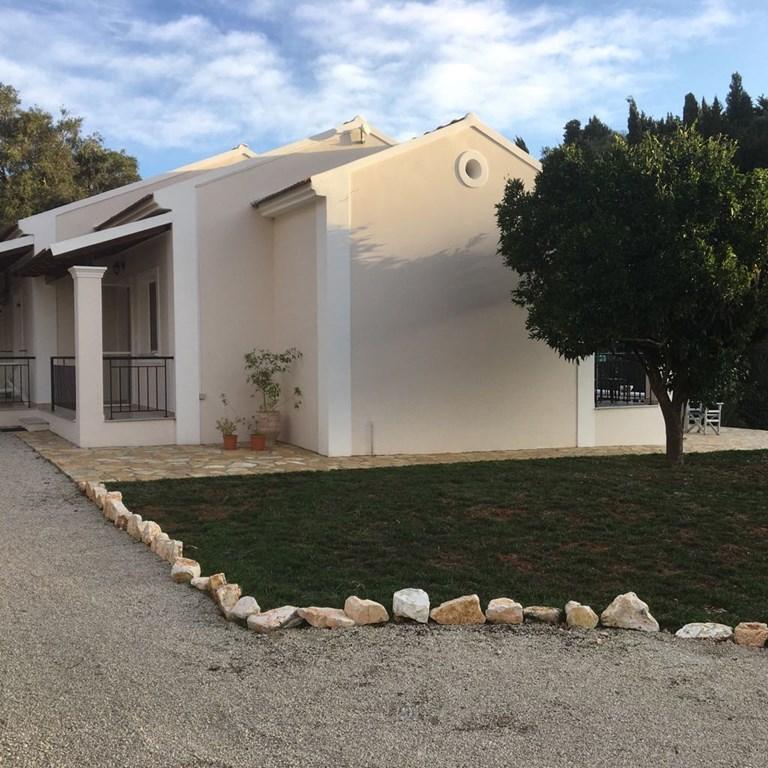 Angebot!! Für unsere schöne Villa Spirena mit Schwimmbad in Afionas (in der Nähe von Arillas) im Korfu für Mai und Juni 2018 € 1.250,- pro woche!