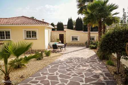 Vacation rental Spain, Costa Blanca, La Nucia - villa Casa La Luna