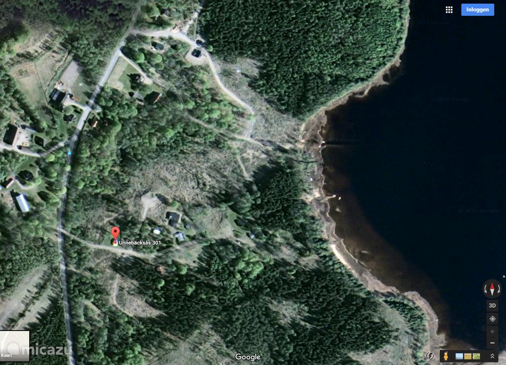 De locatie van het huisje ten opzichte van het meer en het strand.