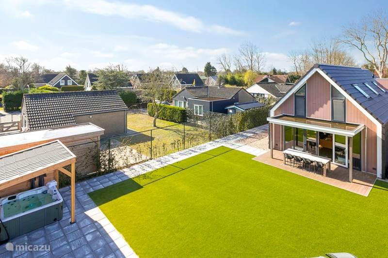 Vakantiehuis Nederland, Zuid-Holland, Ouddorp Vakantiehuis Villa Mastlo Ouddorp - 18+2 persoons