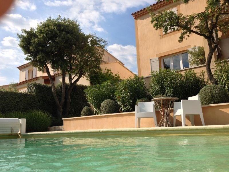 Heerlijk onthaasten in de mooie zonnige Provence. Villa met privé zwembad. Van 19 mei - 16 juni €100 korting per week.