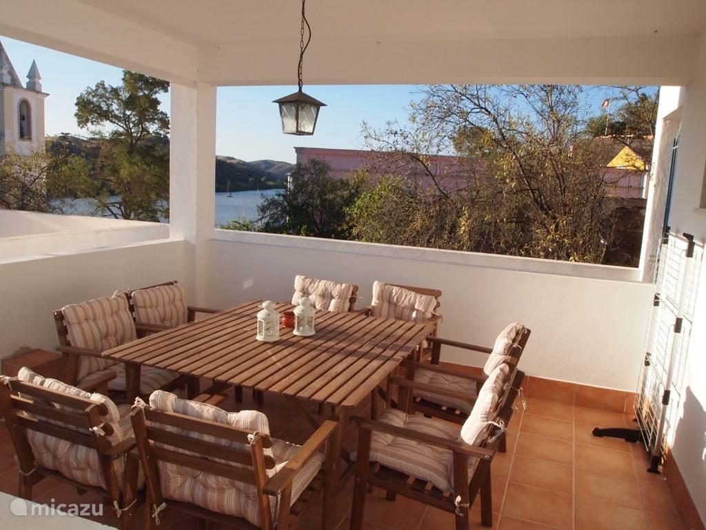 ferienhaus ahrensvila in alcoutim algarve portugal mieten micazu. Black Bedroom Furniture Sets. Home Design Ideas