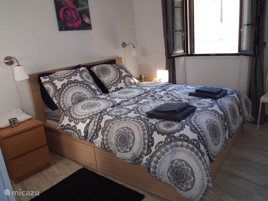 Beneden slaapkamer (2 personen).