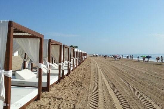 De prachtige zandstranden van Guardamar del Segura op slechts 10 minuten van de villa