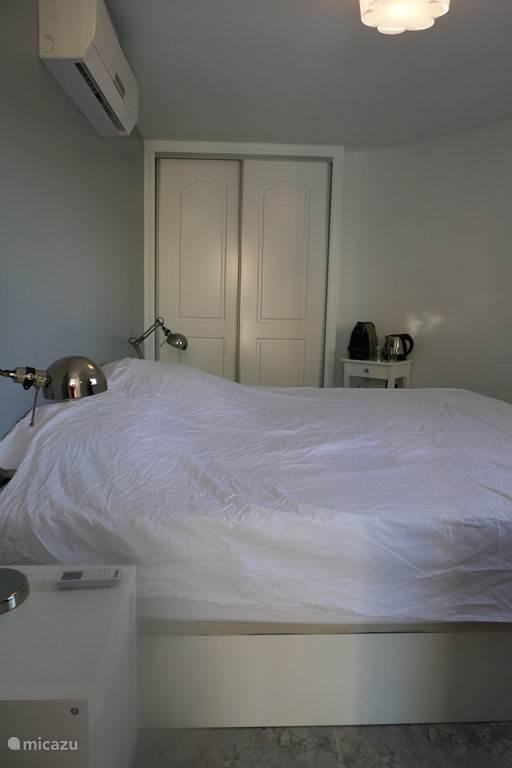 Slaapkamer 4 in separaat appartement