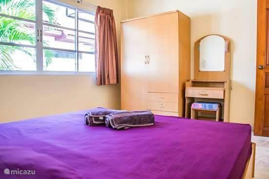 Gasten slaapkamer met airco