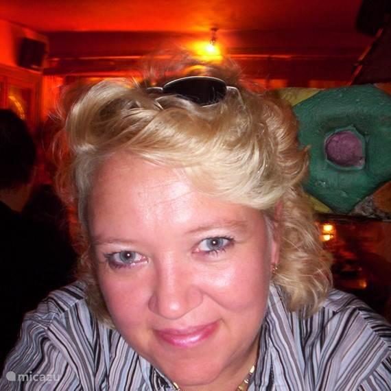 Karin Vredenburg