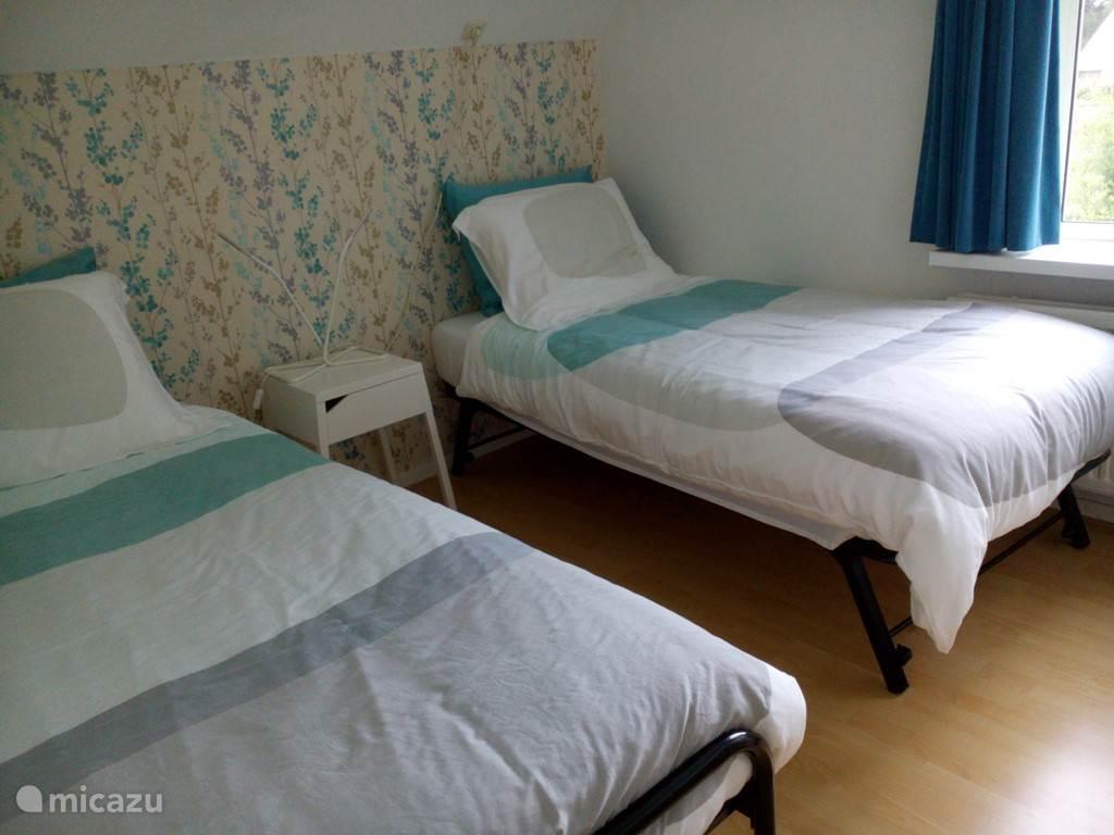 Slaapkamer 1, als 2 éénpersoons bedden