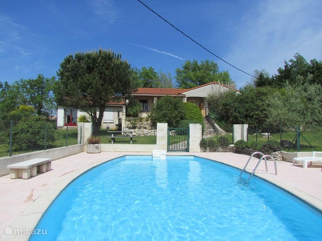 Vacation rental France, Languedoc-Roussillon, La Pomarède villa Villa Montagne