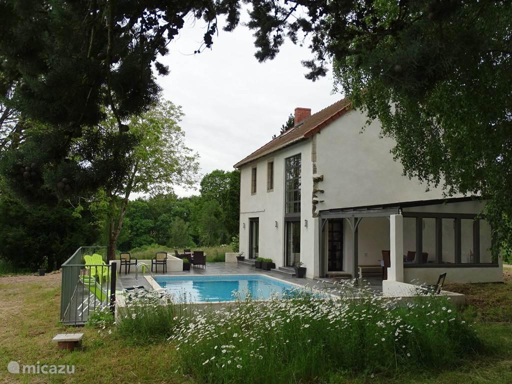 Vakantiehuis Frankrijk, Auvergne, Montaigut-en-Combraille Villa Natuur vakantievilla Montingeat