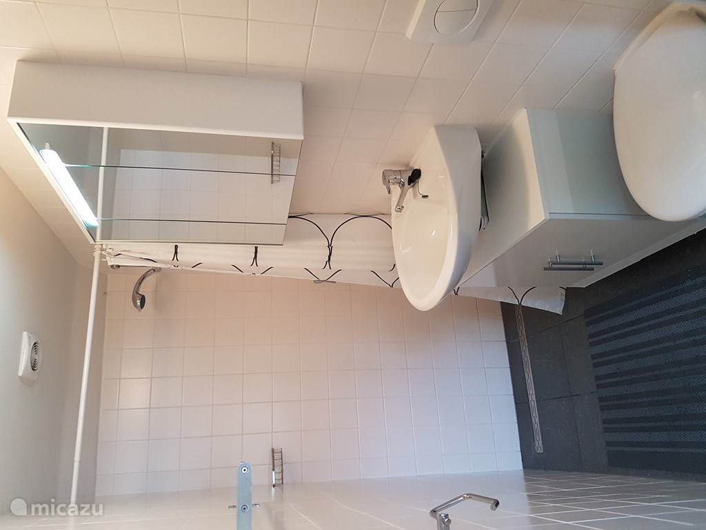 Uw eigen badkamer, voorzien van verse handdoeken