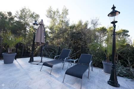villa meli melo in bize minervois languedoc roussillon frankreich mieten micazu. Black Bedroom Furniture Sets. Home Design Ideas