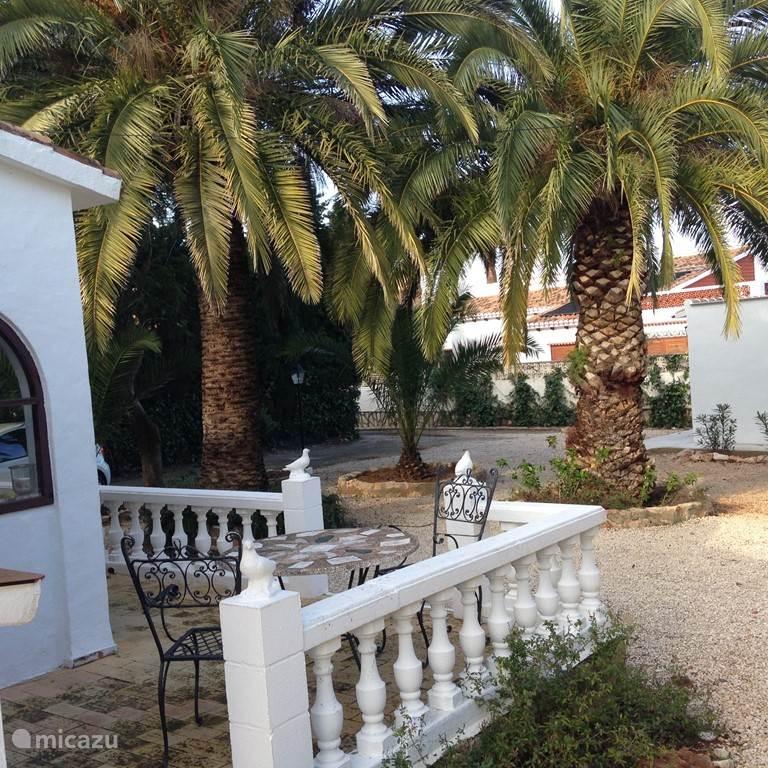 Villa in Denia terras voorzijde