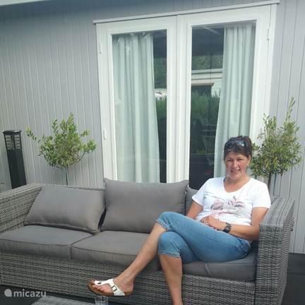 Anneke Idsardi
